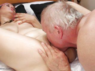Порно зрелые пухлые